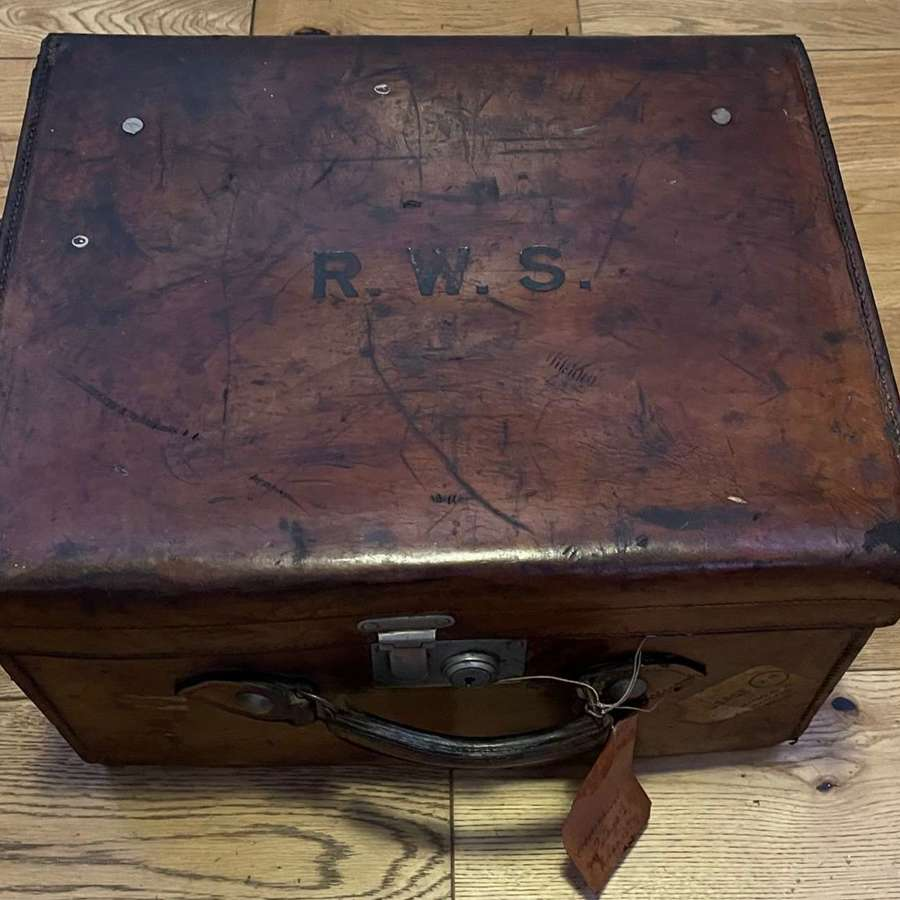 Antique Scott&Co Picadilly London Leather Hat Box