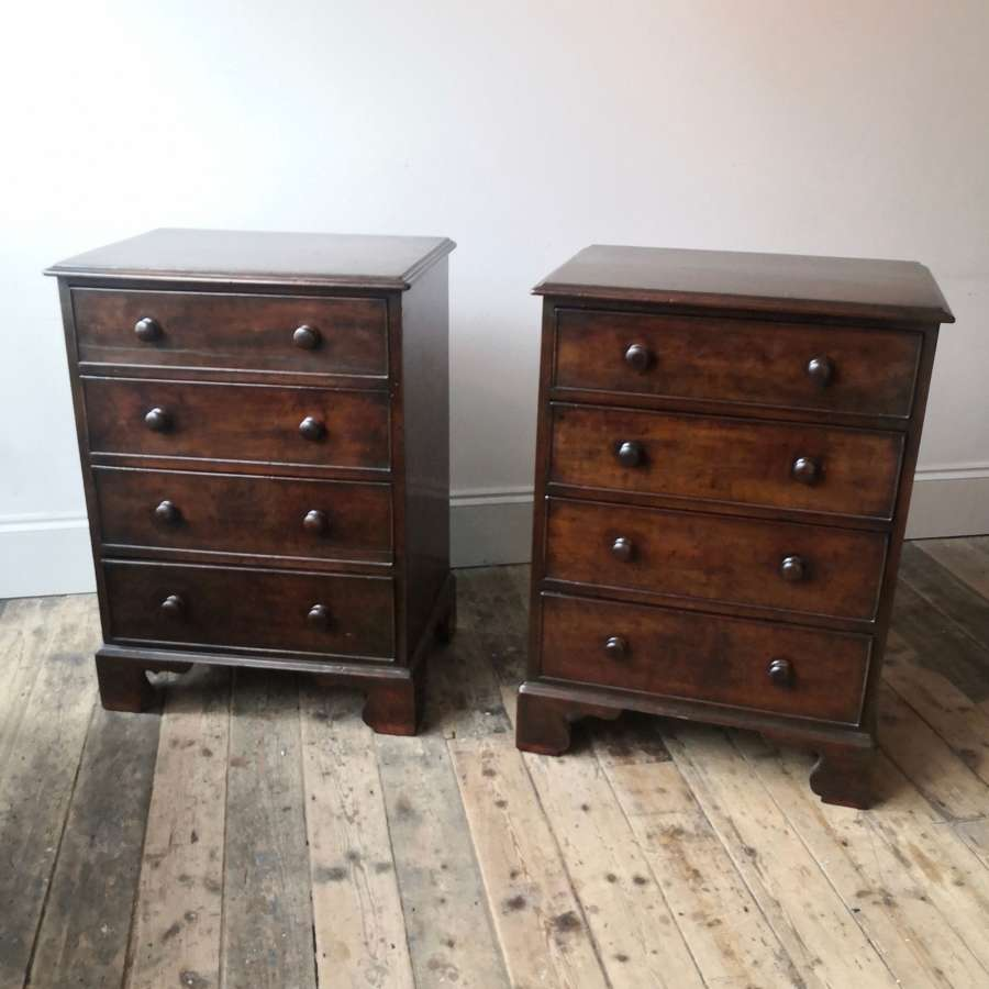 A pair of 19th century chests of drawers