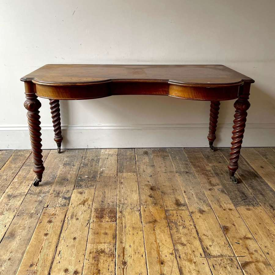 Hindley and Sons dressing table