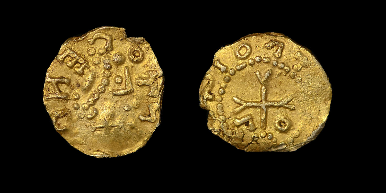 EARLY CONTINENTAL (MEROVINGIAN FRANCE) GOLD TREMISSIUS